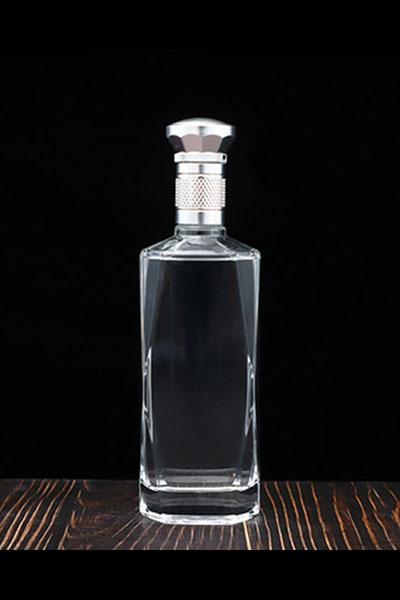 晶白酒瓶- 006