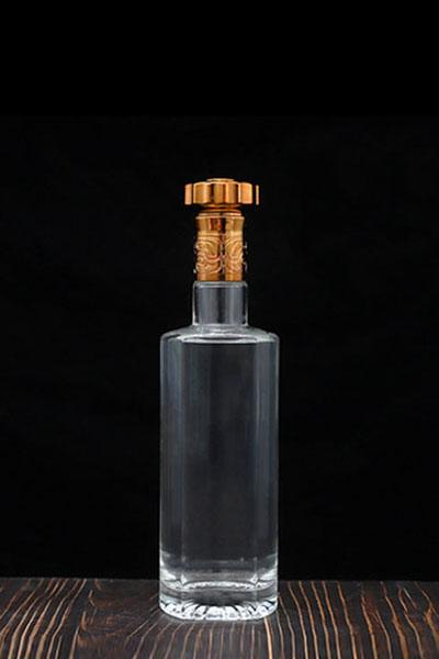 晶白酒瓶- 010