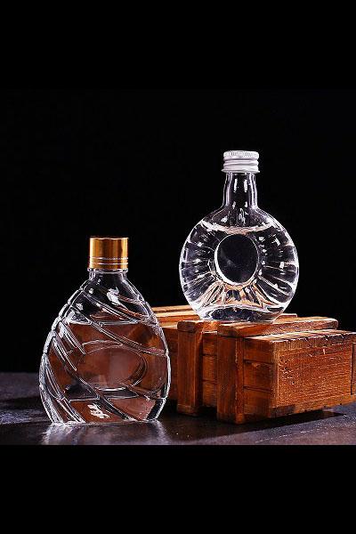 小酒瓶- 011